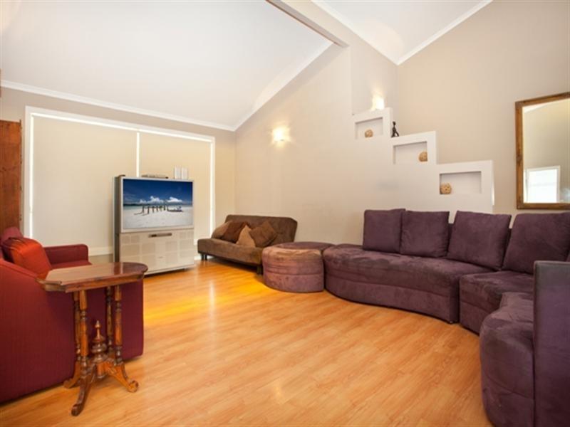 46 Cypress Drive, Broadbeach Waters QLD 4218