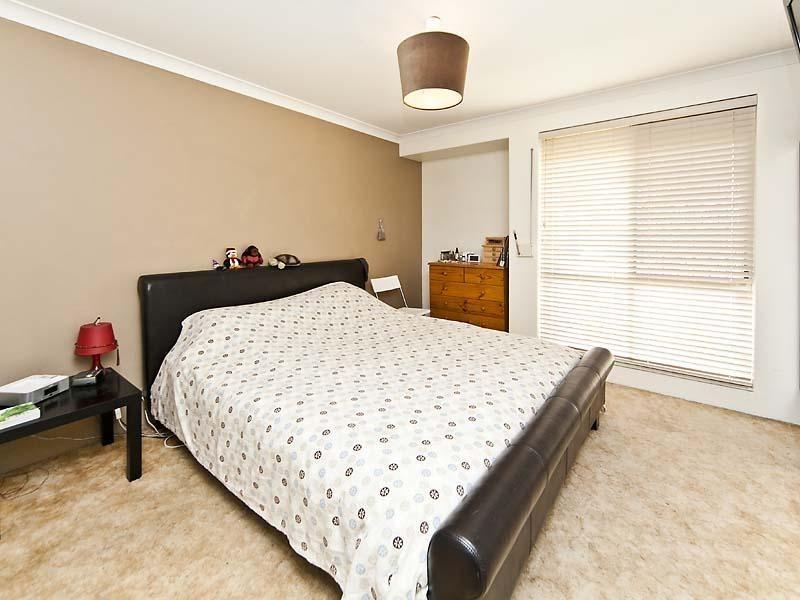 30 Park Lane, Alexander Heights WA 6064