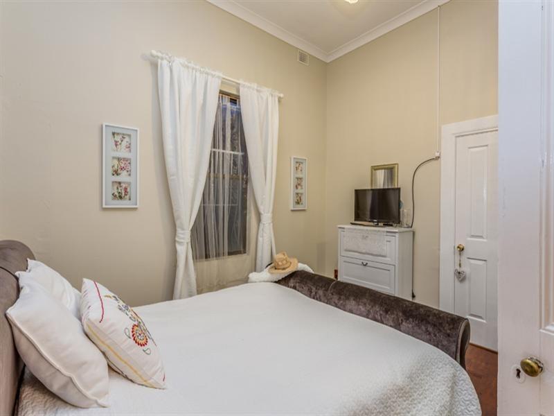25 Darton Street, Birkenhead SA 5015