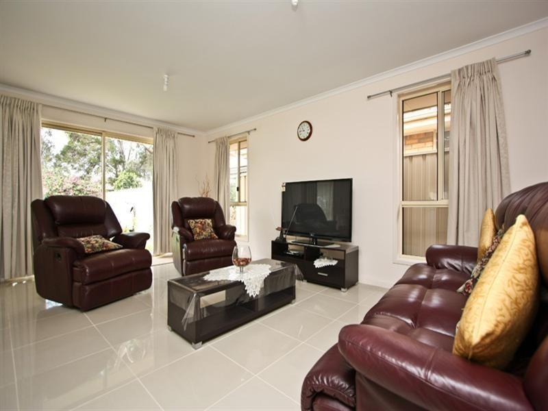 80 May Terrace, Ottoway SA 5013