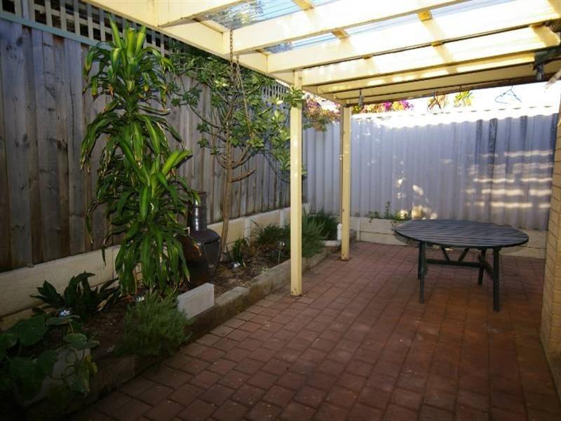 3/28 Orchid Street, Joondanna WA 6060