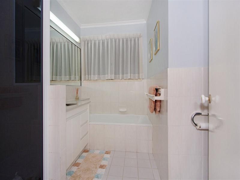 7 oron Close, Westlake QLD 4074