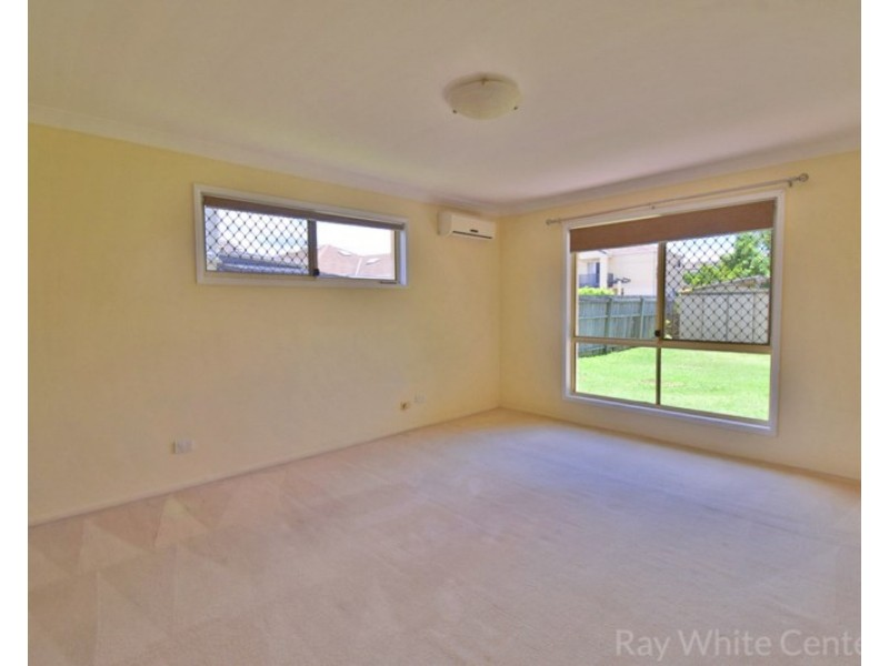 8 Thomas MacLeod Avenue, Sinnamon Park QLD 4073