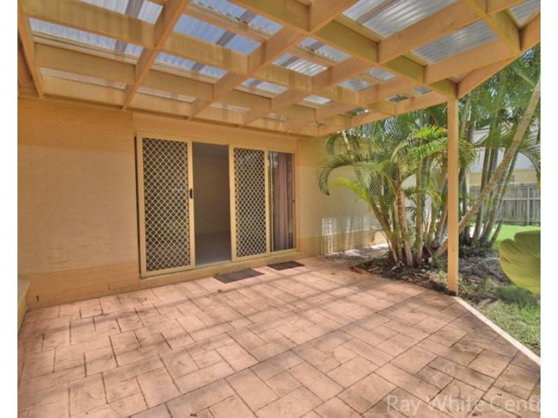 8 Thomas MacLeod Avenue, Sinnamon Park QLD 4073