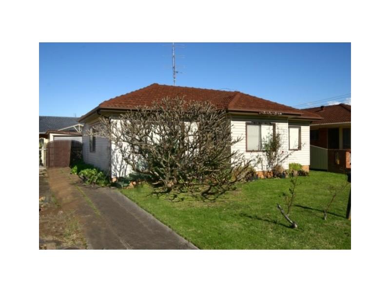 3 Keross Avenue, Barrack Heights NSW 2528