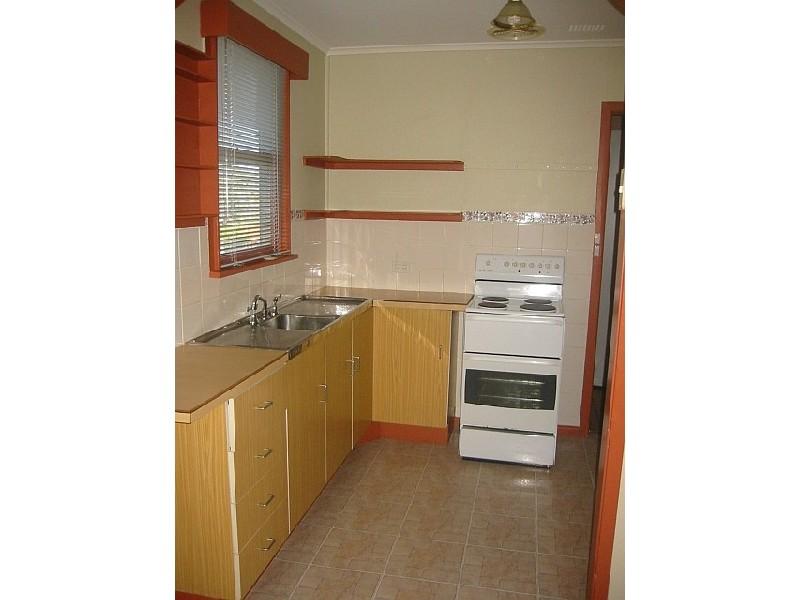 19 Gasnier Road, Barrack Heights NSW 2528