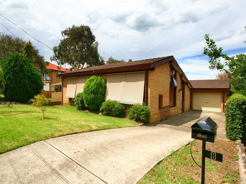 8 Fitzroy Place, Barrack Heights NSW 2528