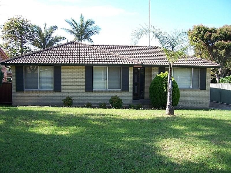 20 Woodlands Drive, Barrack Heights NSW 2528