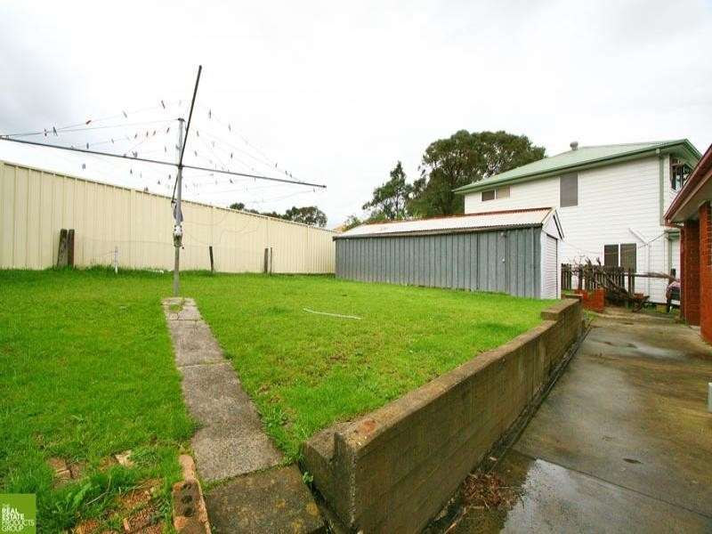 7 Paterson Place, Barrack Heights NSW 2528