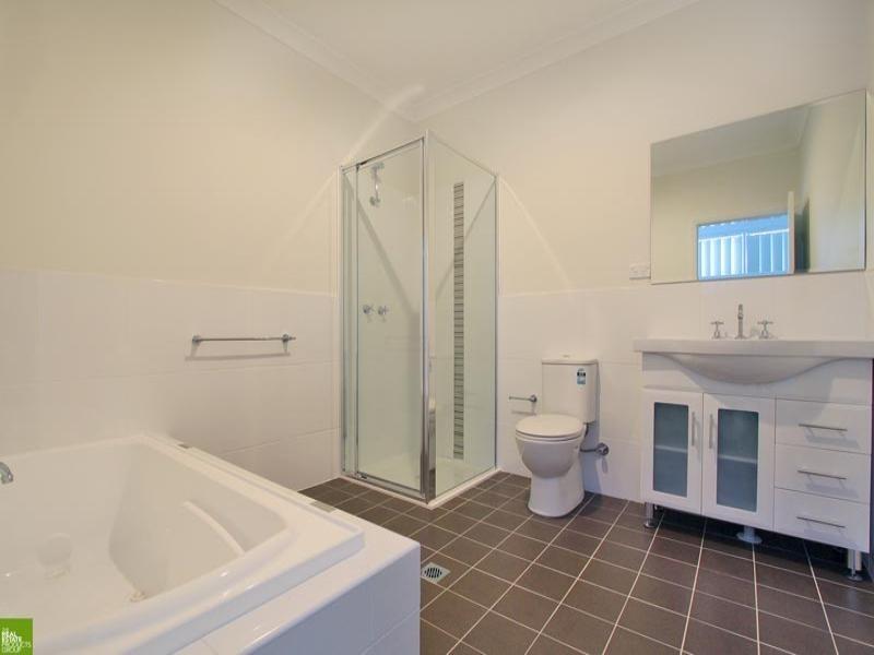 2a Edward Street, Barrack Heights NSW 2528