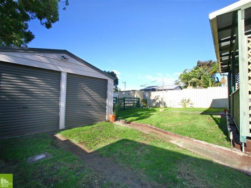73 Captain Cook Drive, Barrack Heights NSW 2528