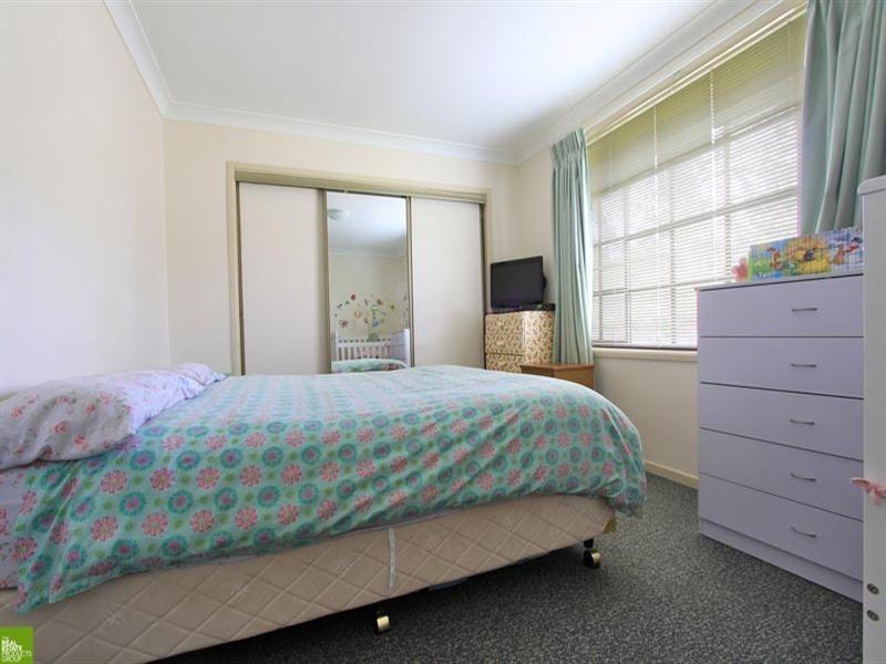 13 Loftus Drive, Barrack Heights NSW 2528