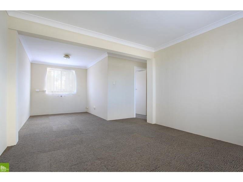 6 Abelia Street, Barrack Heights NSW 2528