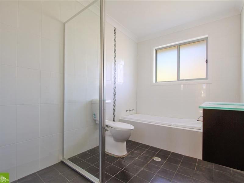 2/22 Gasnier Road, Barrack Heights NSW 2528