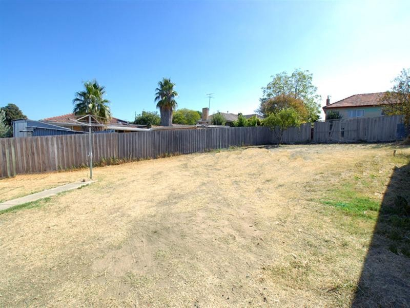 19 Wimpole Street, Noble Park North VIC 3174