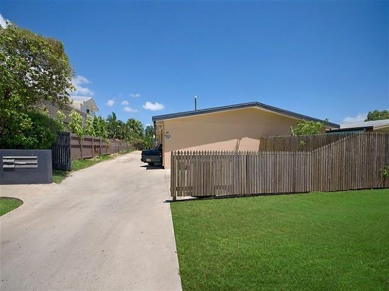 4/85 Queens Road, Hermit Park QLD 4812