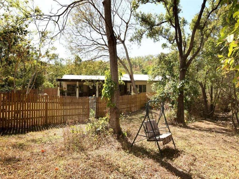 25 Mt Panorama Drive, Alligator Creek QLD 4816