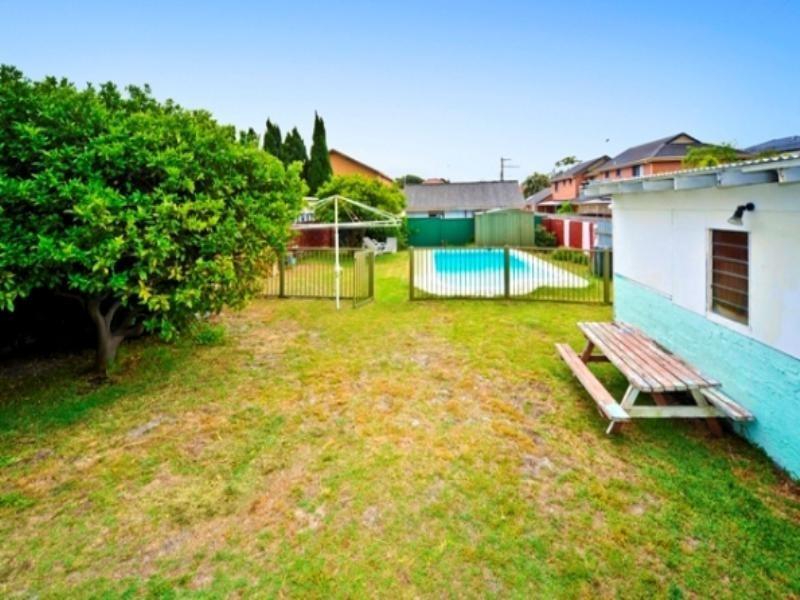 21 Hume Street, Chifley NSW 2036