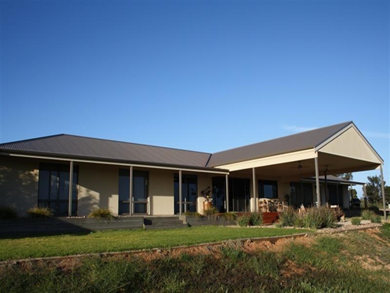 26 Pike Creek Road, Lyrup SA 5343