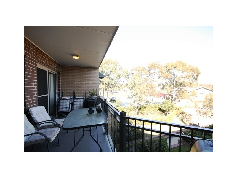 29/41 Woodhouse Drive, Ambarvale NSW 2560