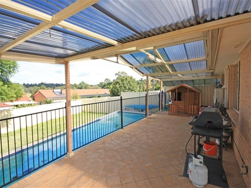 39 Harthouse Drive, Ambarvale NSW 2560