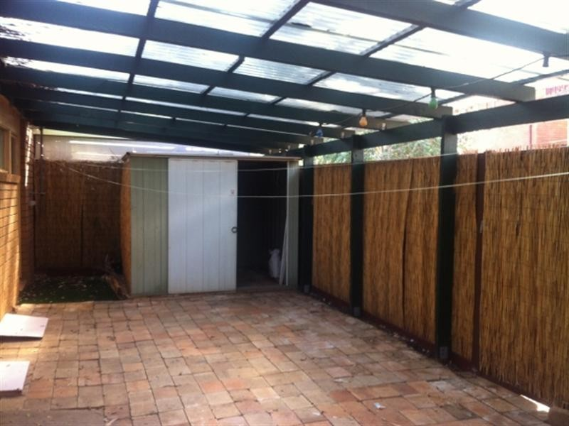 2/1 Throsby Way, Ambarvale NSW 2560