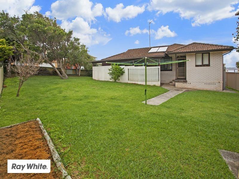 1 Holt Street, Kiama Downs NSW 2533