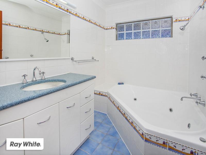 50 Oxley Avenue, Kiama Downs NSW 2533