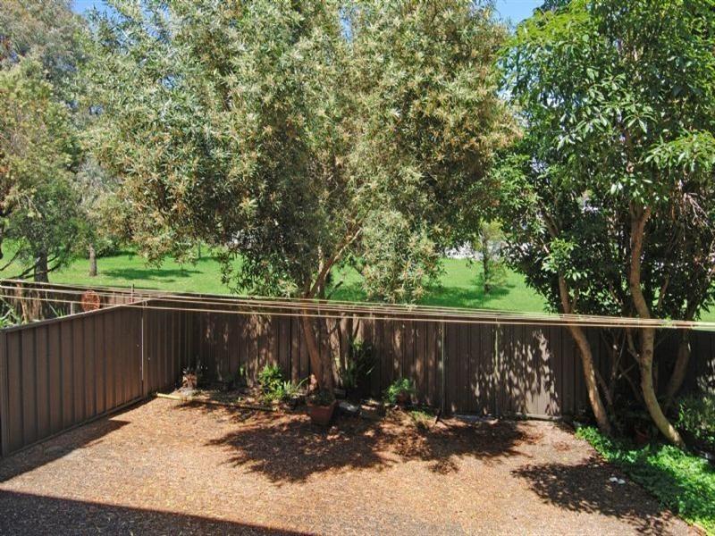 3/25 Tarrant Avenue, Kiama Downs NSW 2533