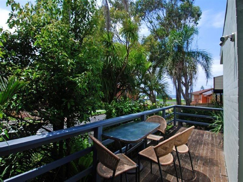10 Moona Avenue, Kiama Downs NSW 2533