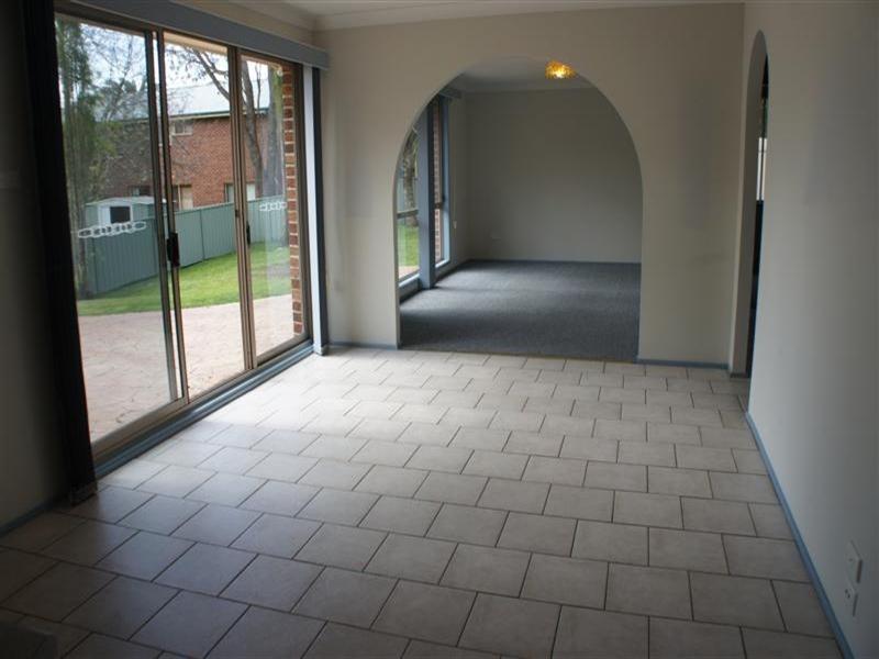 3 Michael Crescent, Kiama Downs NSW 2533