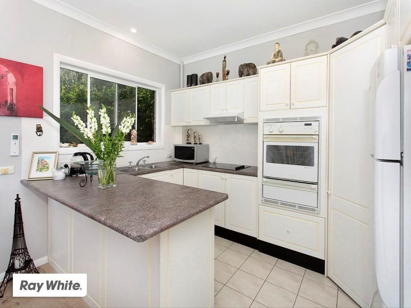 2/3 Henry Parkes Drive, Kiama Downs NSW 2533