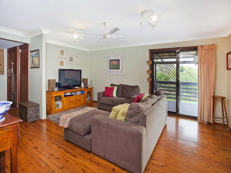 9 Hoskings Crescent, Kiama Downs NSW 2533