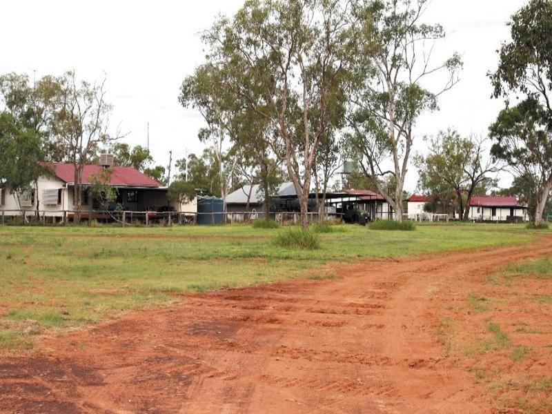 55492 Capricorn Highway, Barcaldine QLD 4725