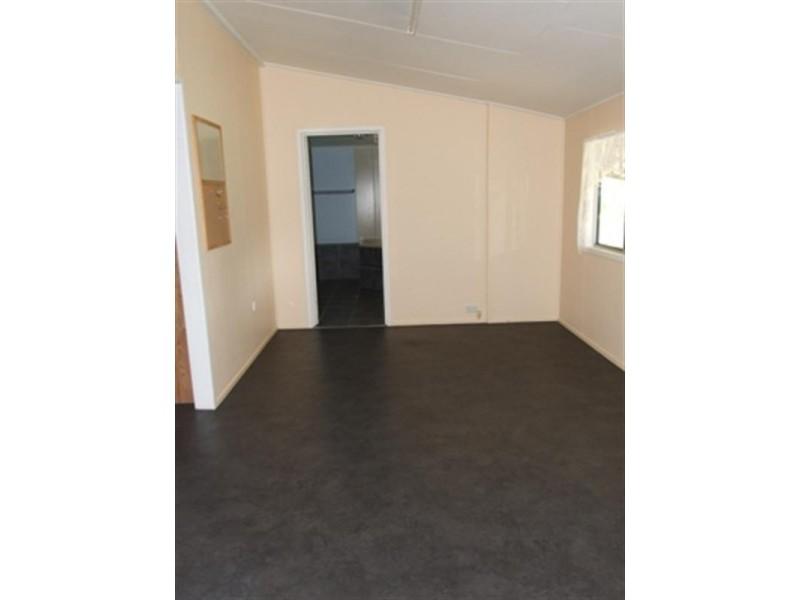 38 FIR Street, Barcaldine QLD 4725