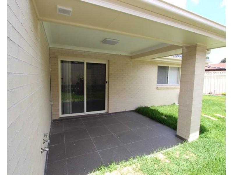 18 Province Street, Abbotsbury NSW 2176