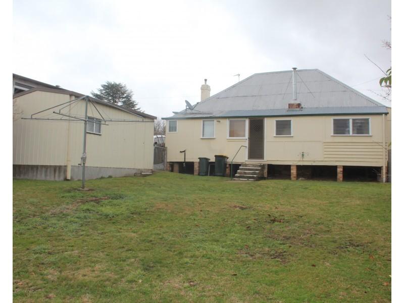 387 Rouse Street, Tenterfield NSW 2372
