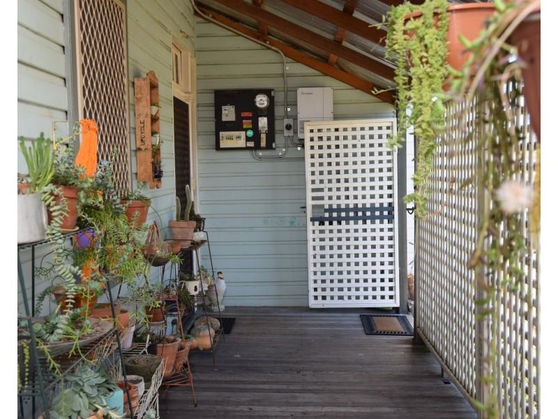93 Pelham Street, Tenterfield NSW 2372