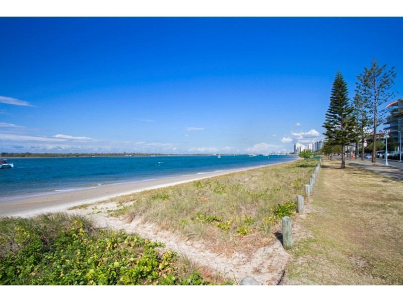 1/27 Clark Street, Biggera Waters QLD 4216 | Ray White