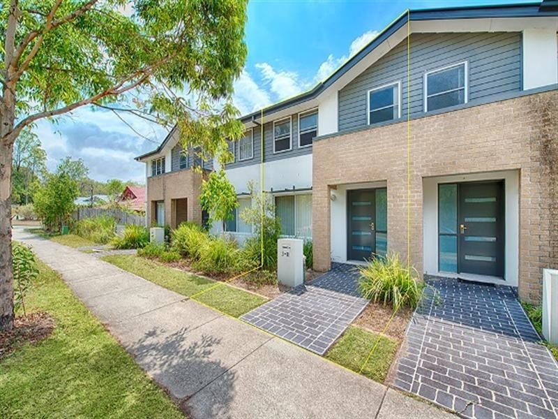 3/11 Seagreen Drive, Coomera QLD 4209
