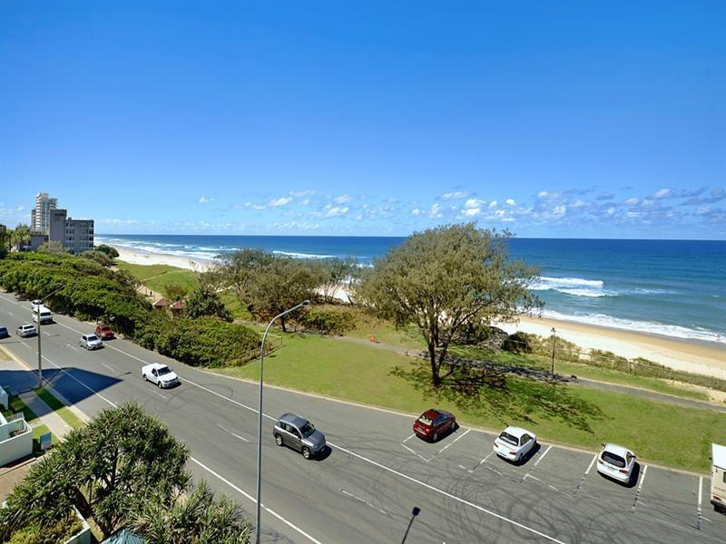 3482 Main Beach Parade, Main Beach QLD 4217