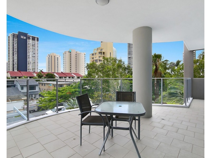 301/25 Breaker Street, Main Beach QLD 4217