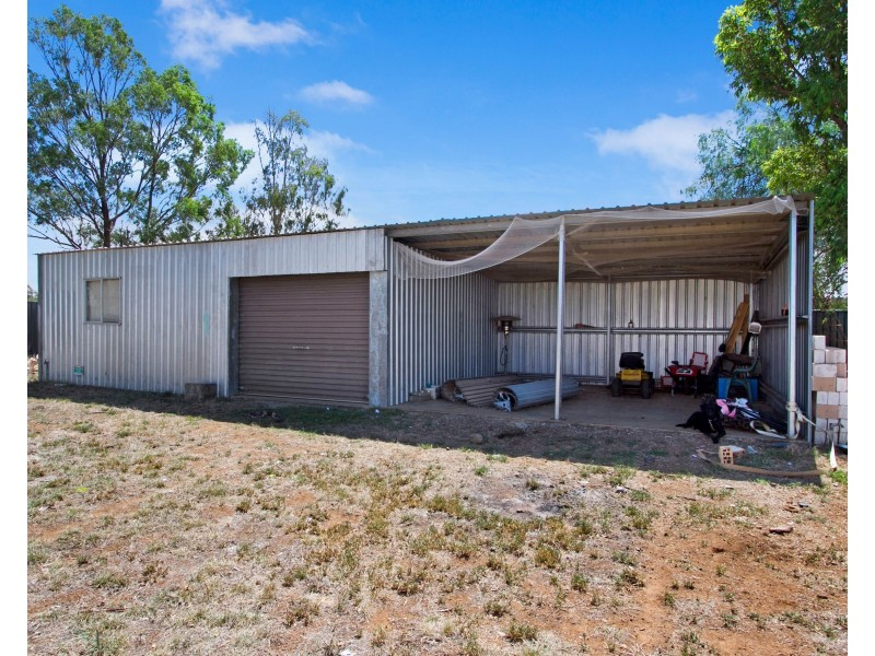 90 Attunga Street, Tamworth NSW 2340