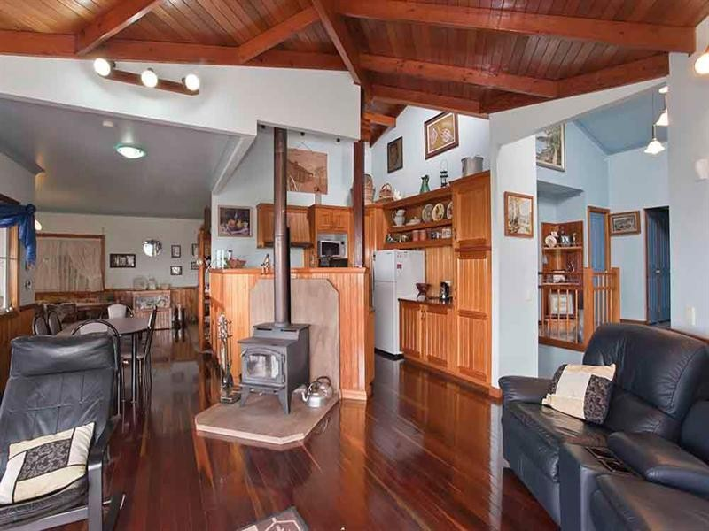 41 Skyline Drive, Blue Mountain Heights QLD 4350