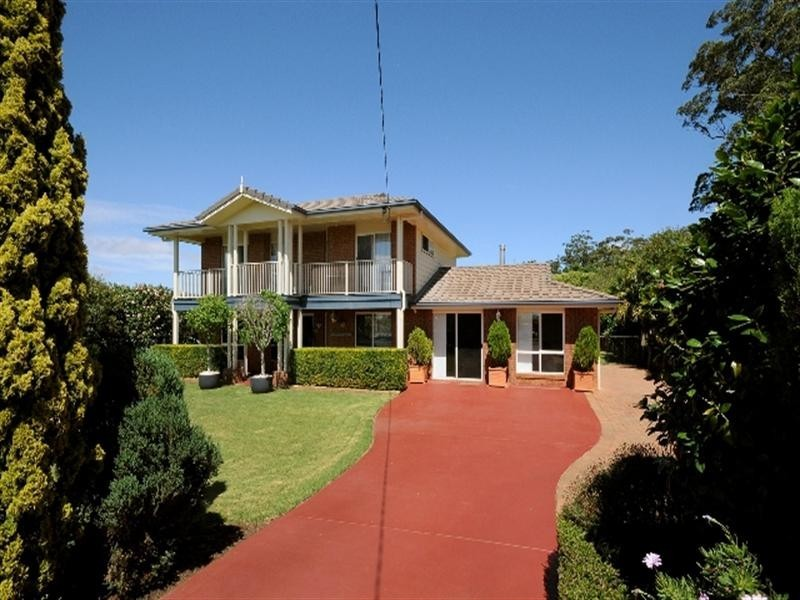 13 Skyline Drive, Blue Mountain Heights QLD 4350