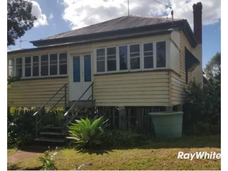 133 Jellicoe Street, North Toowoomba QLD 4350