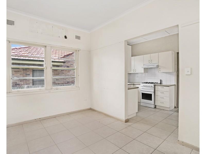 7 Attunga Avenue, Earlwood NSW 2206