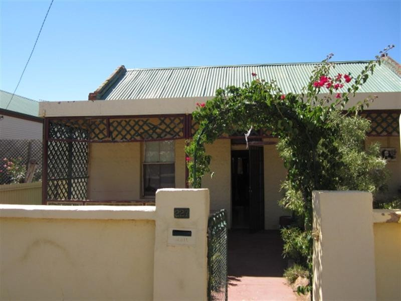 227 Mercury Street, Broken Hill NSW 2880