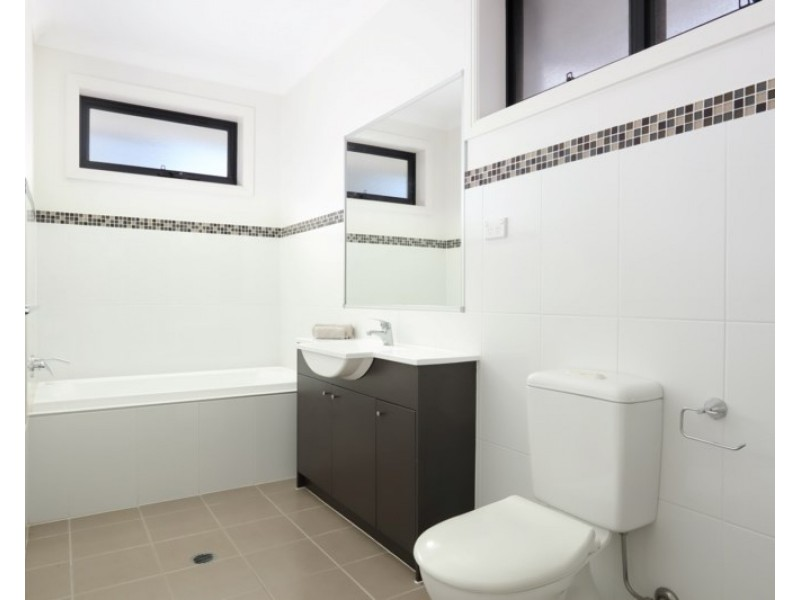 23 Lawrence Street, Peakhurst NSW 2210