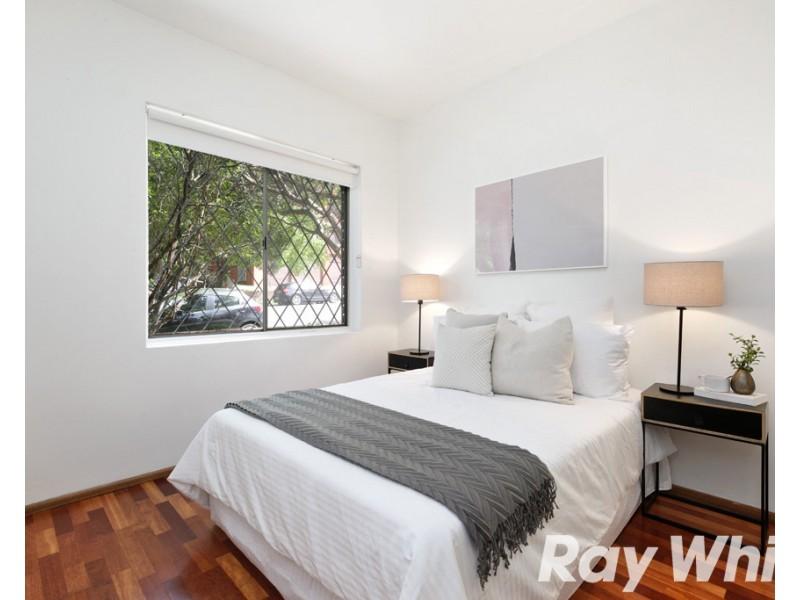 1/18 Bayley Street, Marrickville NSW 2204